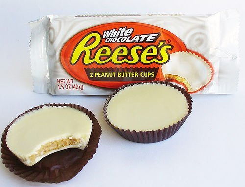 Reeses-Peanut-Butter-Cup-Miniatures-0-2